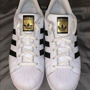 Disfraces Hormiga Inconcebible  Best Deals for How Much Are Adidas Shoes | Poshmark